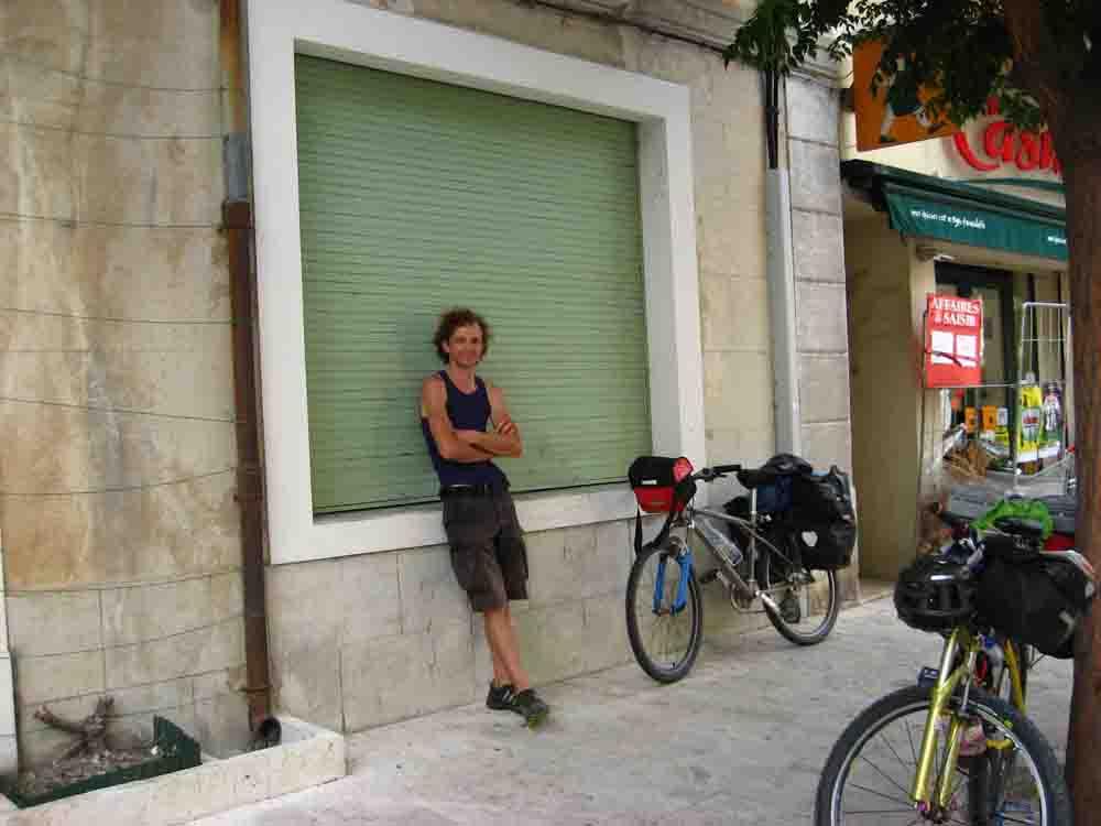 Kinder Radreisen Europa Frankreich Hier erfährst Du alles über Ausrüstung & Tricks für das Radreisen mit Kindern, Zelt & Anhänger. Unsere Stories über 8 Monate Europa